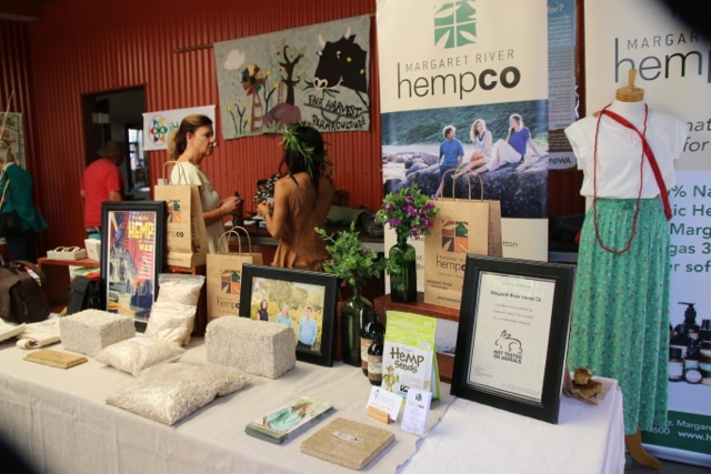 Hemp fibres for everything including house building
